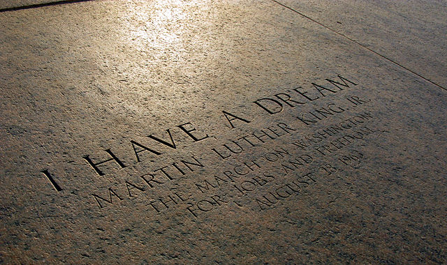 640px-Lincoln_Memorial_I_Have_a_Dream_Marker_2413